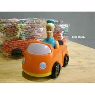 1999年絕版麥當勞玩具總動員芭比車角色難尋呀