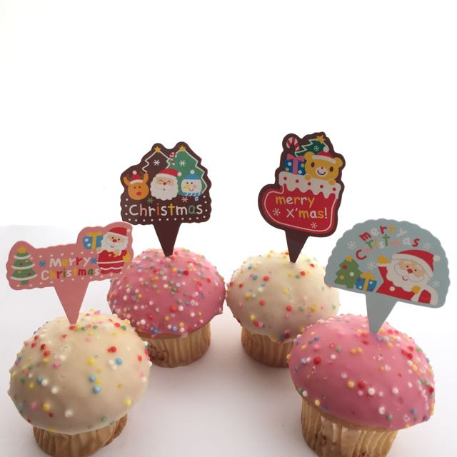 12pcs Christmas Cupcake Food Toppers