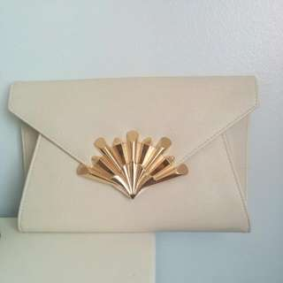 Colette Maxi Clutch With Gold Chain