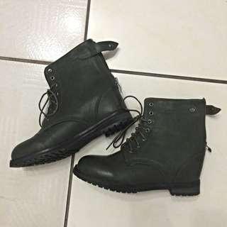 軍靴💚💚💚