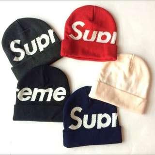 全新 supreme 毛帽 beanie s logo