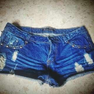 全新超短褲