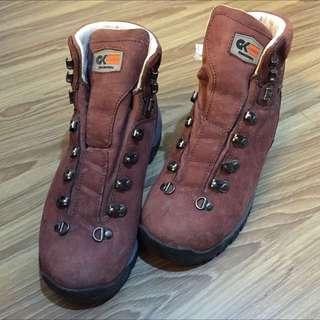 登山鞋Caravan Grandking GK-59