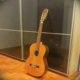 Maestro C- 3 Conservatory Series Classical Guitar - Hardly Used