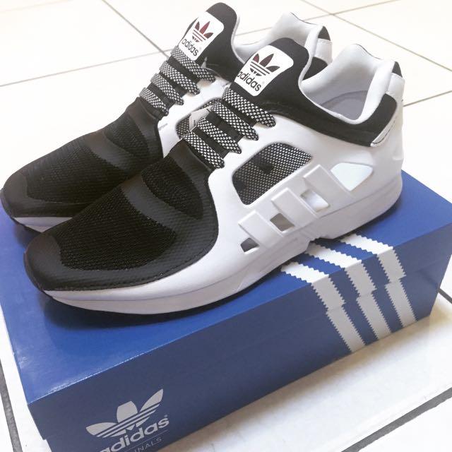 愛迪達 Adidas EQT Racer 2.0 us10.5 慢跑鞋 黑 白
