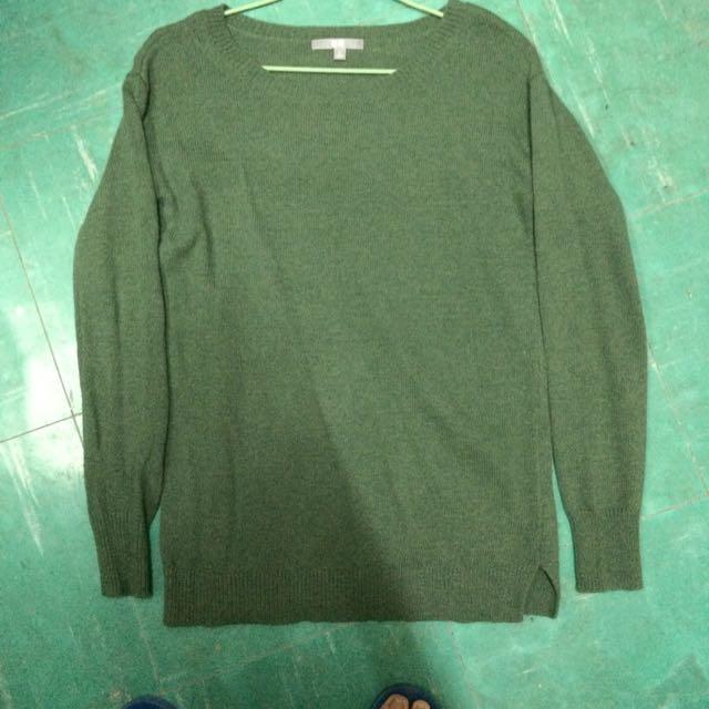 Uniqulo綠色毛衣