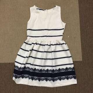 氣質米白藍花紋洋裝