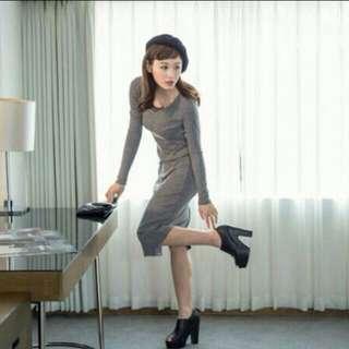 秋天款灰色長洋裝