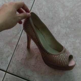 台灣製造,典雅高跟鞋