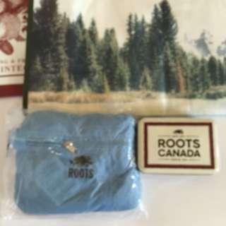 全新🍁ROOTS🍁摺疊收鈉旅行袋 淺藍色 原價980元