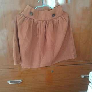 韓版製造 咖啡色短裙 可高腰