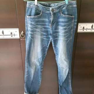 (二手)藍色牛仔褲