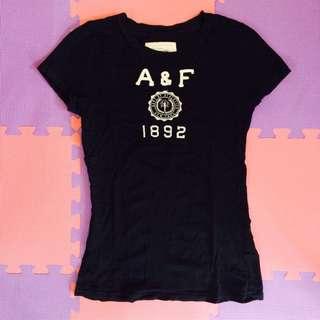 A&F深藍色短T(含運)