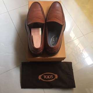 [For Him, Authentic] Tod's Loafers - Size 10