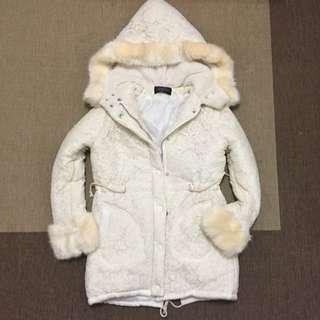 全米白色蕾絲鋪棉暖暖外套