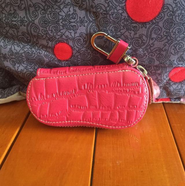 🌱桃紅色拉鍊式鑰匙包