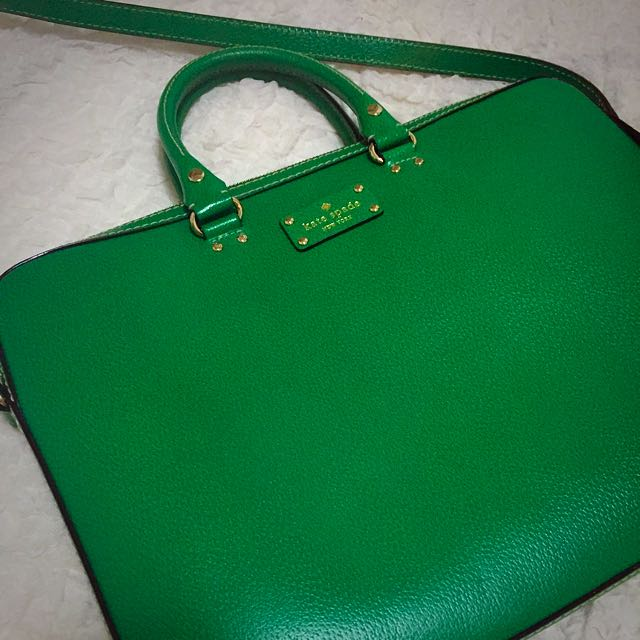 size 40 839f8 bc14b Kate Spade Laptop Bag (in Gorgeous green) Reduced Price!!