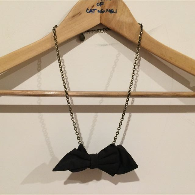 Necklace, Bow Tie On Gold Chain