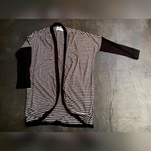NWT outer stripes