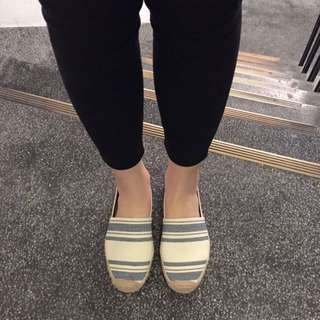 Tory Burch 草編鞋