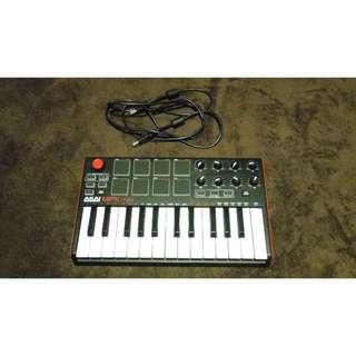 Used AKAI MPK Mini Midi Keyboard with USB