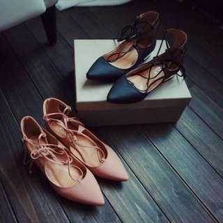 【預購1116】芭蕾風交叉細帶綁帶尖頭女鞋