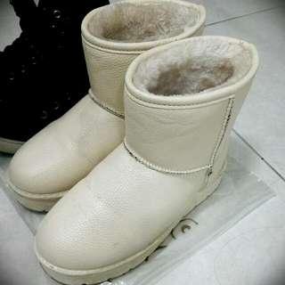 秋冬必備 內刷毛 雪靴 白色款