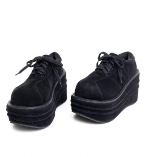 黑色絨面圓頭綁帶厚底鞋