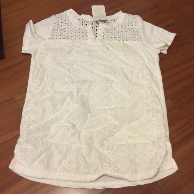 全新時尚設計白上衣🙋🏻