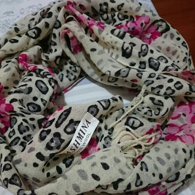 全新豹紋棉麻流蘇圍巾