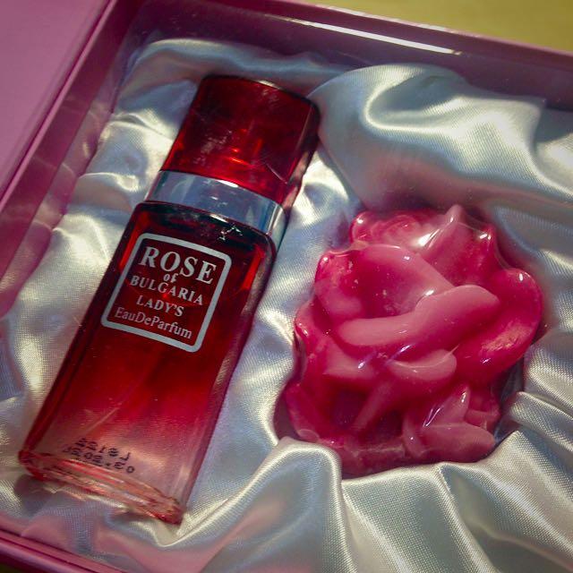來自羅馬尼亞的玫瑰保養品(香水+香皂組合及面膜)