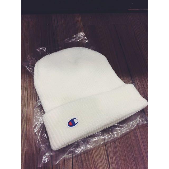 全新Champion白色毛帽