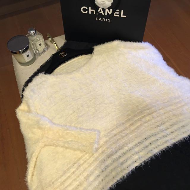 FW溫暖毛毛下擺寬鬆毛衣
