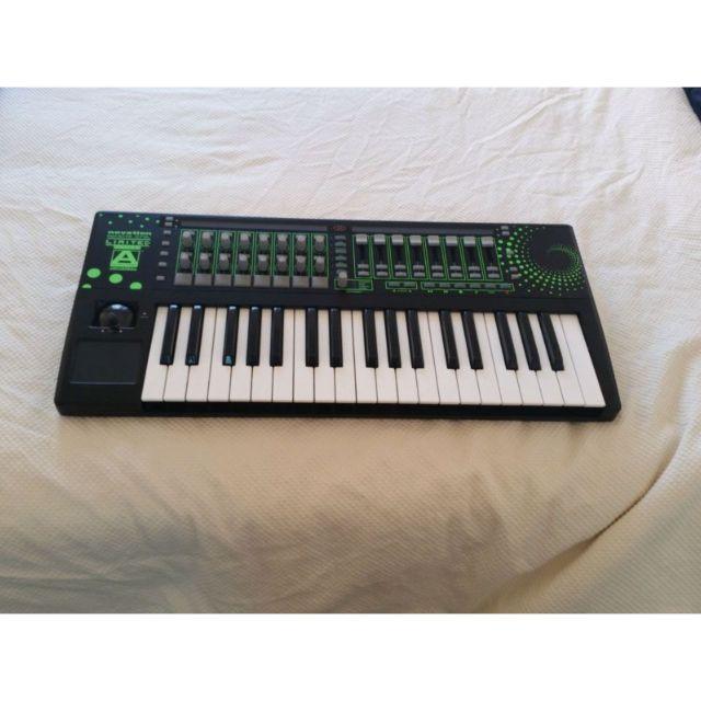 Rare Novation Remote 37sl Limited edition midi keyboard
