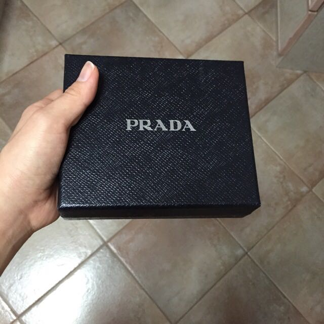 d907a6915f35 ... free shipping prada wallet box luxury on carousell 2f729 e0046