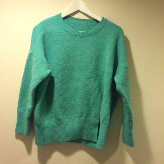 Tiffany綠毛衣
