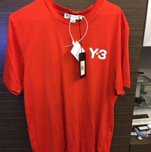 保證全新正品Y-3紅色短T 尺寸L