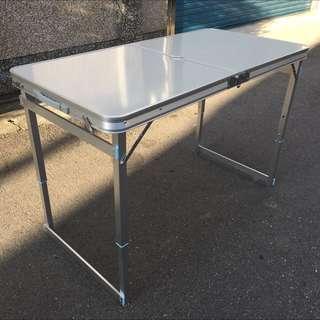 全新露營戶外摺疊桌