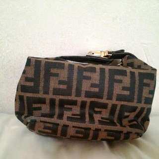 (Fast Deal $120) Authentic FENDI pouch