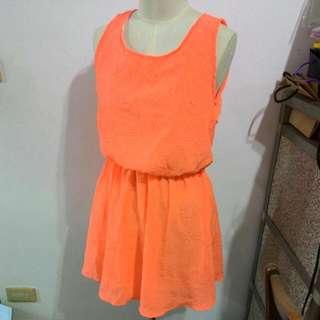 螢光粉橘 洋裝