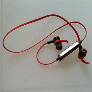 (BNIB) Sports Ear Piece
