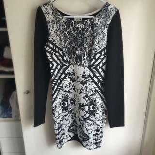 Long Sleeve Black And White Pattern Dress