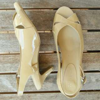 Z I E R A || Leather light brown heels || HADES RRP AU$199 || Size 40 ~ fit a 9/9.5