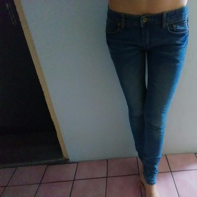 【二手】極瘦感牛仔褲