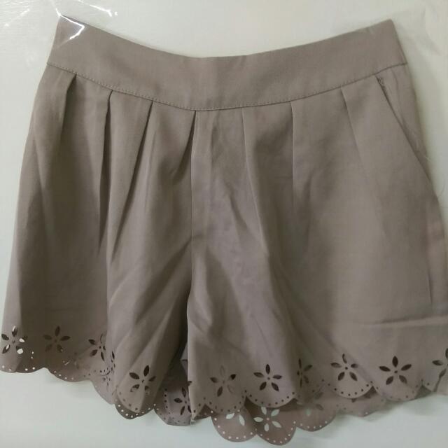 【二手】米色休閒褲裙 短褲