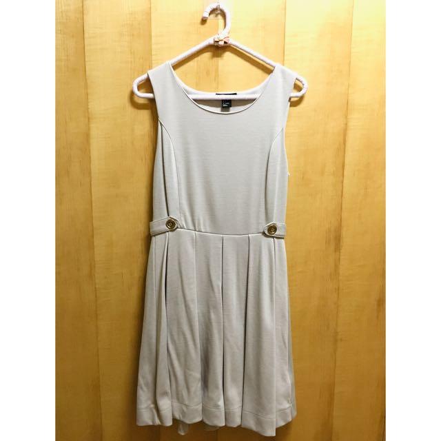 H&M 氣質腰扣造型洋裝