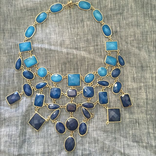 Light To Dark Blue Necklace