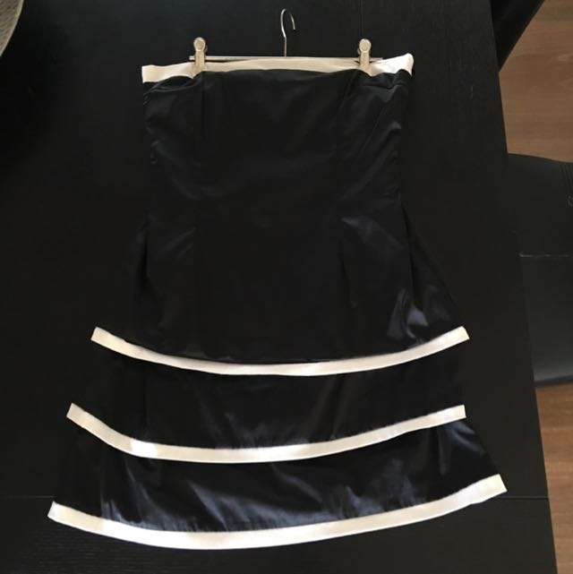 Promiscuos Black And White Strapless Dress (12)