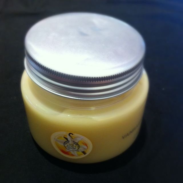 The Body Shop Vanilla Bath Jelly