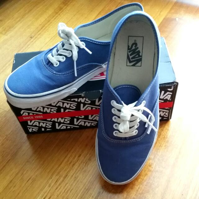 VANS Canvas Size 9US
